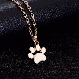 🆕🐾🐾PAW NECKLACE🐾🐾
